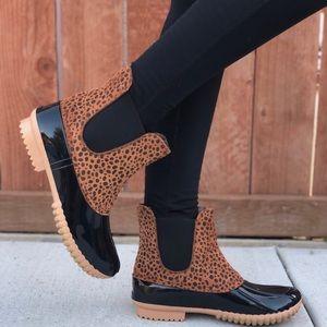 Slip On Cheetah Print Duck Rain Boots